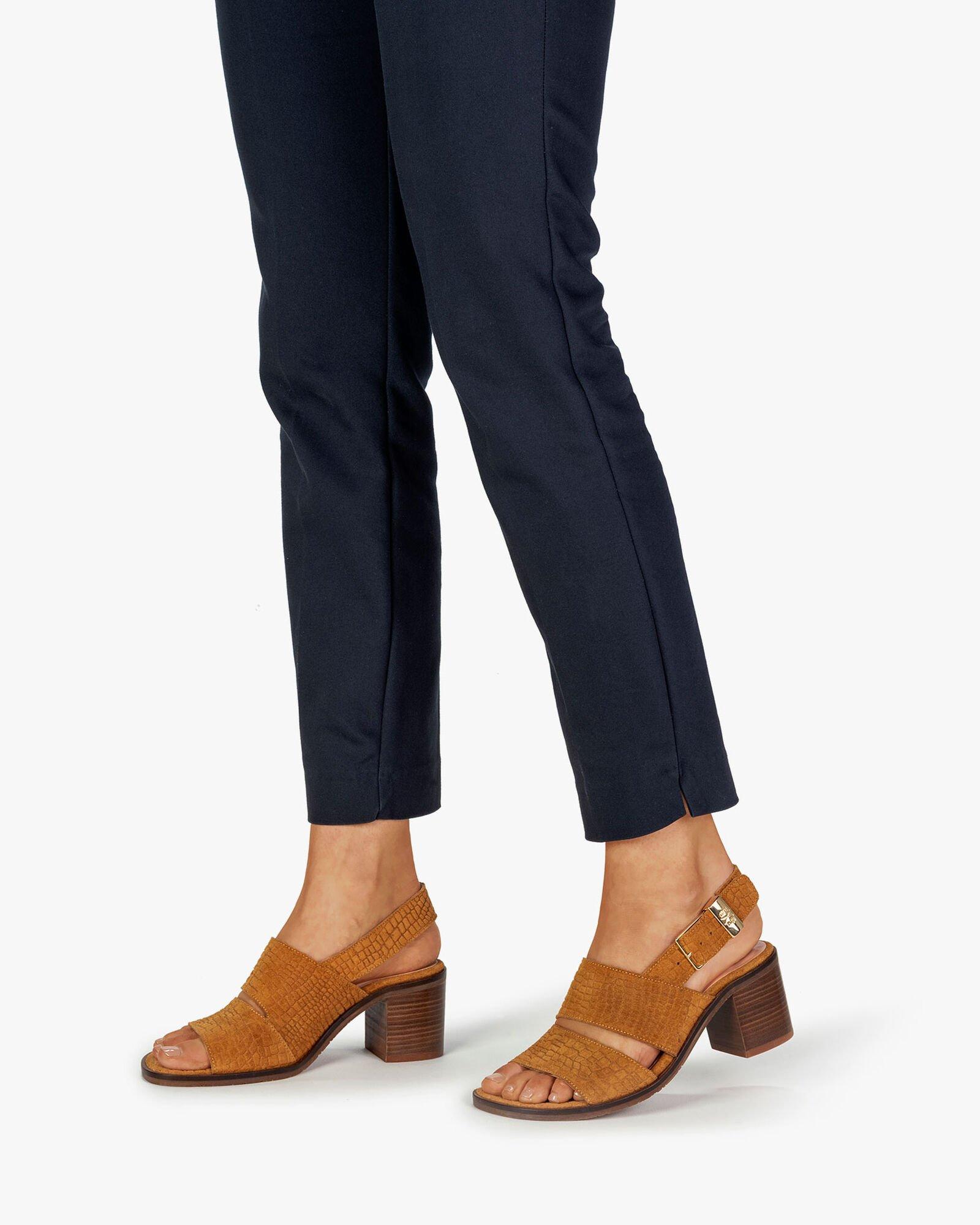 3x Floris van Bommel dames sandalen van de sale