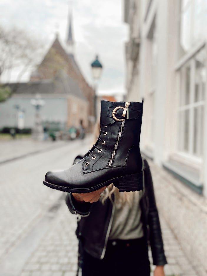 Trend: damesschoenen met gespen