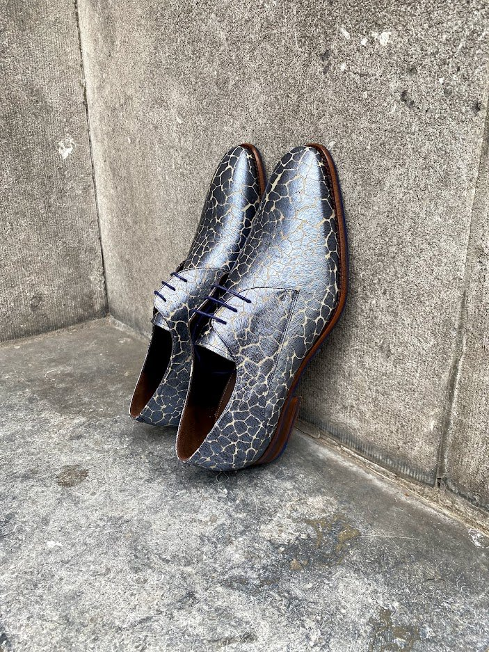 3x Floris van Bommel sale schoenen in trendkleur blauw