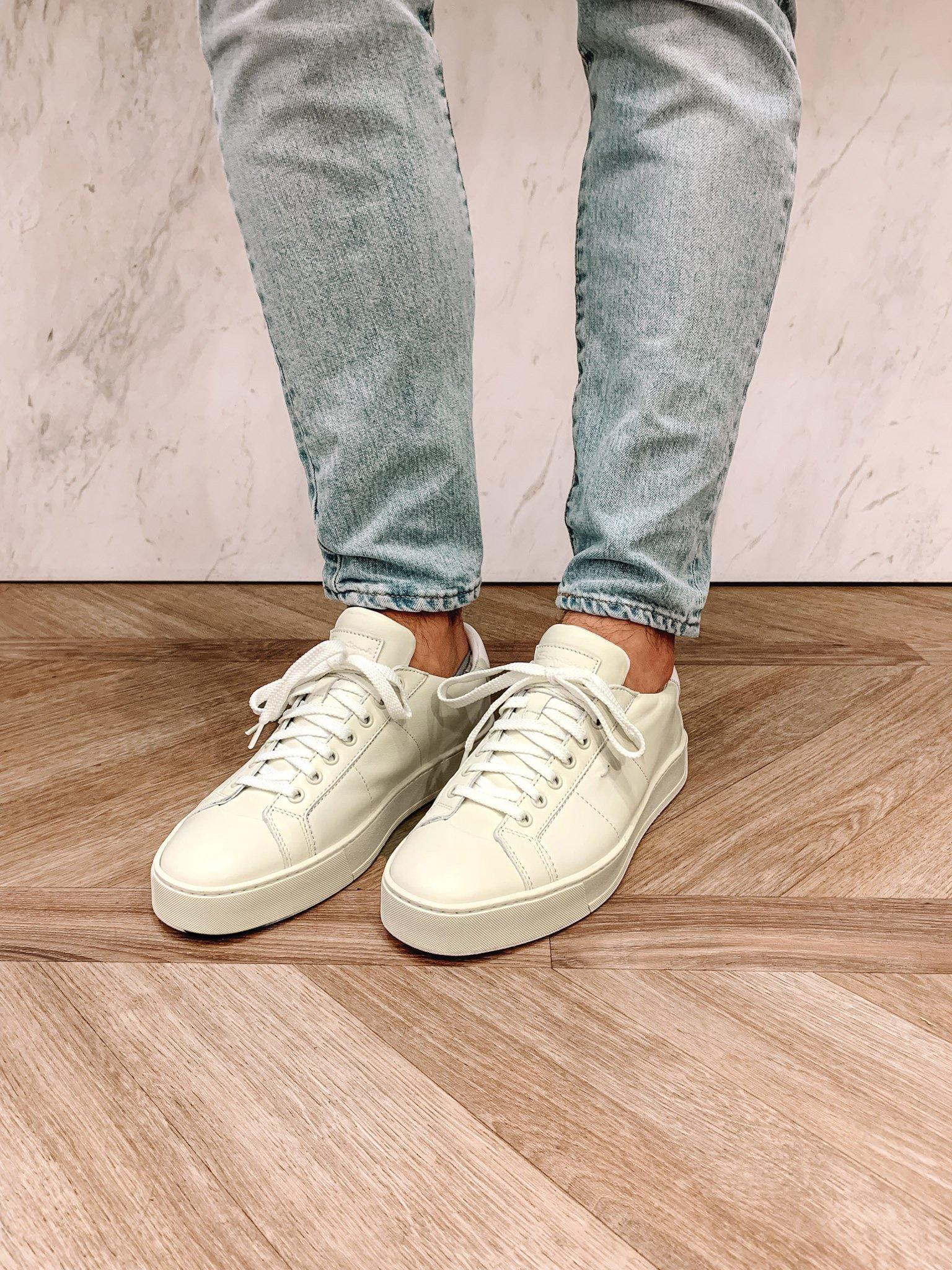 Trendy monochroom sneakers voor heren