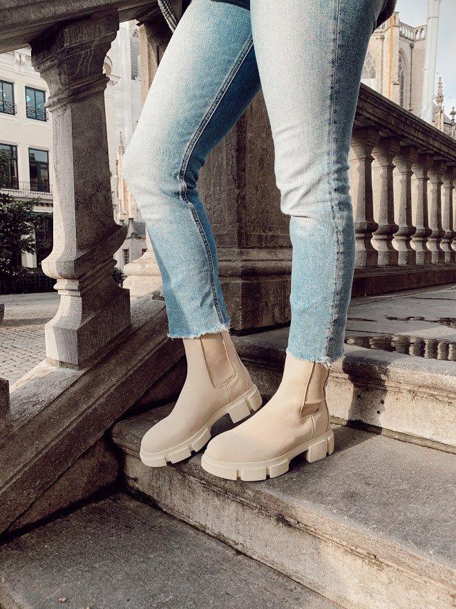 Trend-alert: beige laarsjes en boots